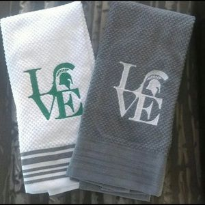 Michigan State Spartans LOVE Hand Dish Towel Set
